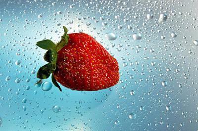 Red Strawberries   Art Print by   larisa Fedotova