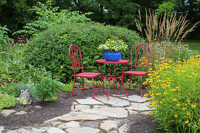 Patio Table And Chairs Photograph - Red Table & Chairs With Blue Pot by Richard and Susan Day