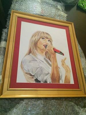 Taylor Swift Drawing - red taylor Framed by Richie Wentworth