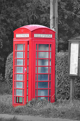 Red Telephone Box Art Print by David King
