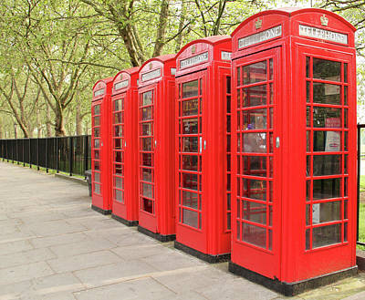 Hyde Park Wall Art - Photograph - Red Telephone Boxes by Daniela Duncan