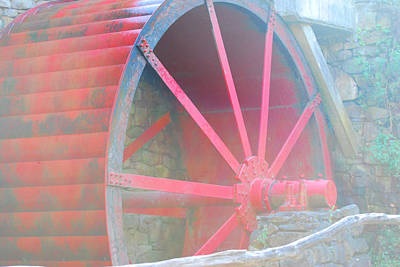 Photograph - Red Wheel by Lorena Mahoney