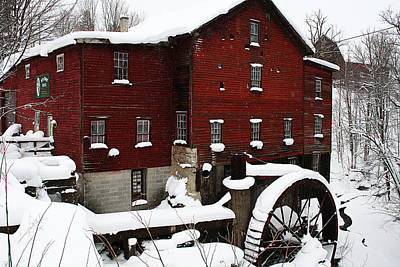 Red Barn In Winter Photograph - Redreaming New Hope Mill by Wendy Bandurski-Miller