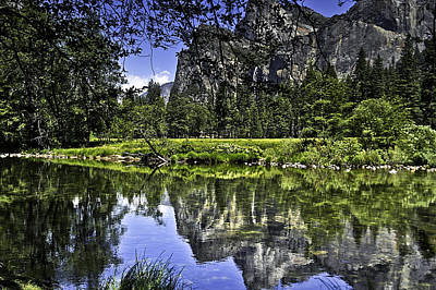 Photograph - Reflecting On Yosemite by LeeAnn McLaneGoetz McLaneGoetzStudioLLCcom