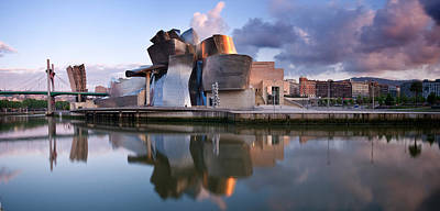 Guggenheim Photograph - Reflection Of A Museum On Water by Panoramic Images