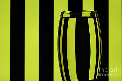 Photograph - Refracted Patterns 23 by Steve Purnell