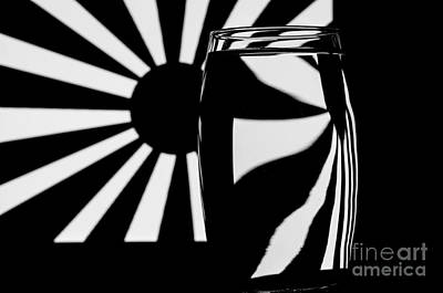 Photograph - Refracted Patterns 37 by Steve Purnell
