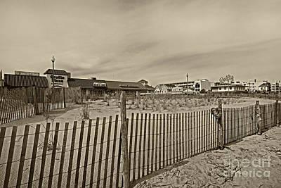 Rehoboth Photograph - Rehoboth Beach De 11 by Jack Paolini