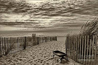 Rehoboth Photograph - Rehoboth Beach De 21 by Jack Paolini