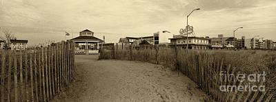 Rehoboth Photograph - Rehoboth Beach De 4 by Jack Paolini