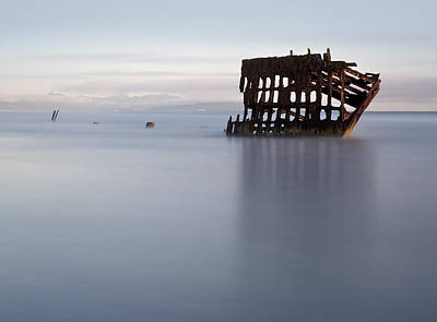 Peter Iredale Photograph - Relic by Katherine Dykstra