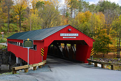 Photograph - Renovated Taftsville Covered Bridge by Mike Martin