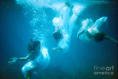 Nude Underwater Photograph - Rescue by Philip Ross Munro