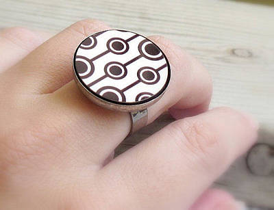 Adjustable Ring Jewelry - Retro Dreams Ring by Rony Bank