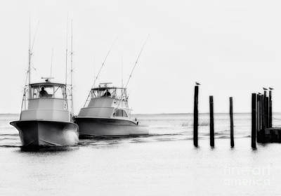 Oregon Inlet Photograph - Returning Home - Fishing On The Outer Banks by Dan Carmichael
