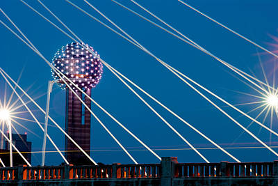 Photograph - Reunion Tower by Darryl Dalton