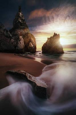 Portugal Photograph - Reverse Ursa. by Juan Pablo De