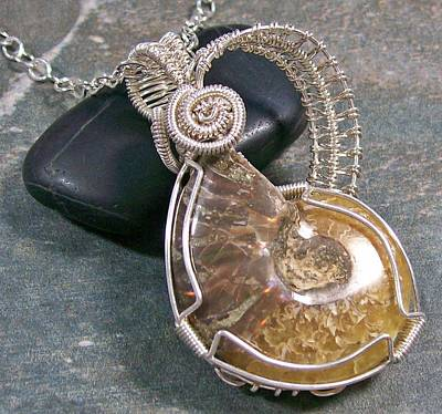 Heather Jordan Jewelry - Reversible Ammonite Fossil And Silver Wire-wrapped Pendant by Heather Jordan