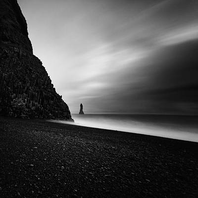 Photograph - Reynisfjara by Frodi Brinks