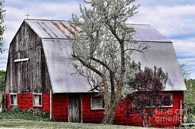 Photograph - Rich Red Barn by Liane Wright
