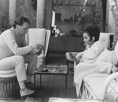 Photograph - Richard Burton And Elizabeth Taylor Playing Gin by Henry Clarke