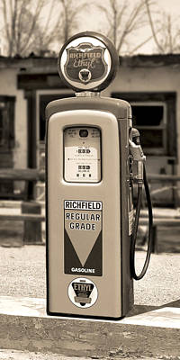 Gas Pump Wall Art - Photograph - Richfield Ethyl - Gas Pump - Sepia by Mike McGlothlen