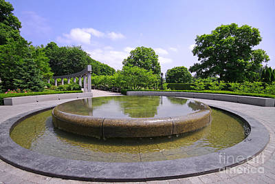 Photograph - Rideau Hall Garden Fountain by Charline Xia