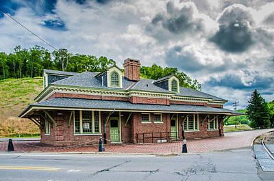 Photograph - Ridgway Depot 3518c by Guy Whiteley
