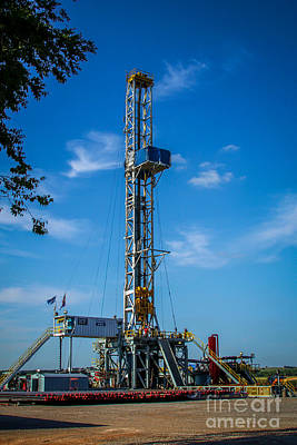 Photograph - Rig 265 by Jim McCain