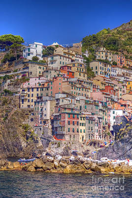 Photograph - Riomaggiore 6 by Rod Jones