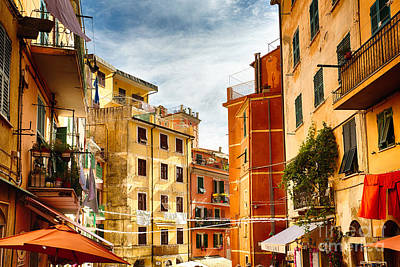 House On The Hill Photograph - Riomaggiore Impression II by George Oze