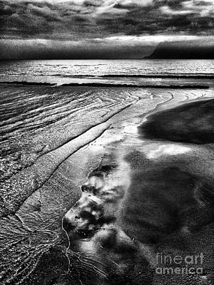 Photograph - Rising Tide by Colin and Linda McKie