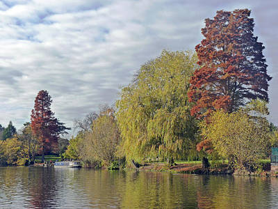 Stratford Photograph - River Avon In Autumn by Tony Murtagh