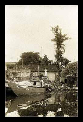 Photograph - River Fishing Boat In Hoi An by Weston Westmoreland