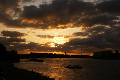 Photograph - River Thames From Greenwich by Deborah Runham