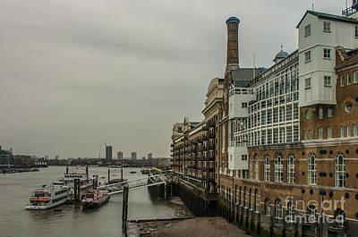 Photograph - River Thames by Jorgen Norgaard