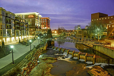 Riverplace In Downtown Greenville Sc At Twilight Art Print