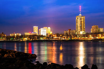 Photograph - Riverside View Of Tulsa Oklahoma Skyline by Gregory Ballos