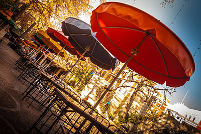 Riverwalk Umbrellas Art Print by Melinda Ledsome