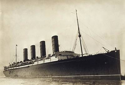 Rms Lusitania, Early 20th Century Art Print by Science Photo Library