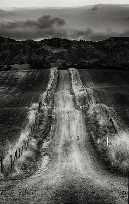 Photograph - Road Into The Hills by Robert Woodward