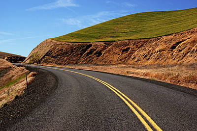 Photograph - Road Through The Palouse No.2 by Daniel Woodrum