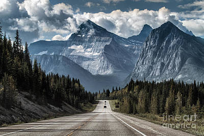 Banff Wall Art - Photograph - Road To The Great Mountain by Yanliang Tao