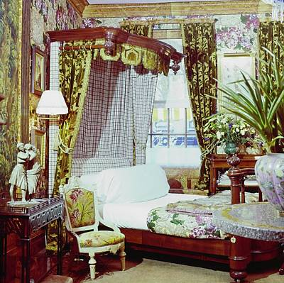 Mid Century Furniture Wall Art - Photograph - Robert Denning's Bedroom by Horst P. Horst