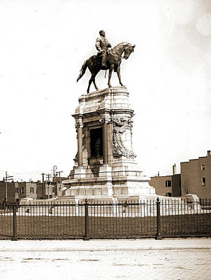 Robert E Lee Drawing - Robert E. Lee Monument, Richmond, Va, Lee by Litz Collection