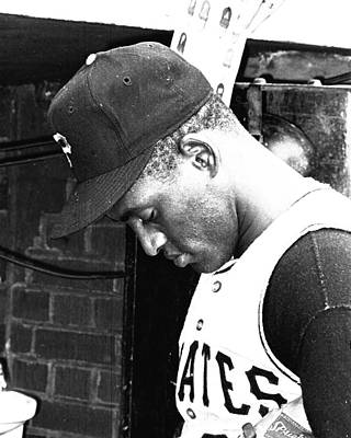 Home Run Photograph - Roberto Clemente by Retro Images Archive
