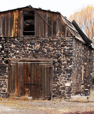 Photograph - Rock Barn by Ron Roberts