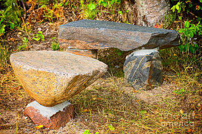 Photograph - Rock Bench And Table by Les Palenik