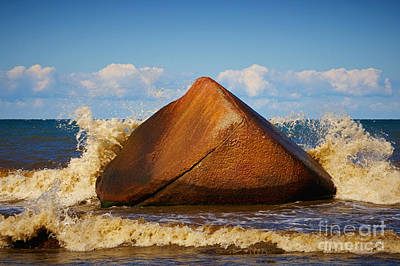 Photograph - Rock In The Surf  by Nick  Biemans