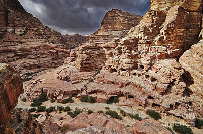 rock landscape with simple tombs in Petra Original